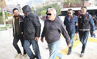 Alanya'da tefeci operasyonunda 14 tutuklama