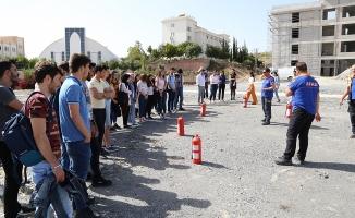 AFAD'dan ALKÜ'lü  öğrencilere ilk yardım eğitimi