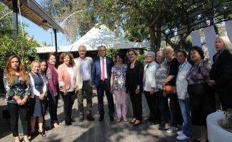 CHP'li kadınlardan kaynaşma kahvaltısı