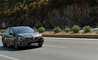 Göçmentürk Renault'tan  avukatlara özel kampanya