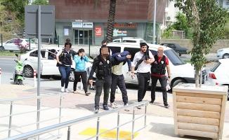 Zehir tacirleri Alanya polisinden kaçamadı