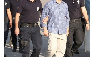 Alanya'da terör örgütü üyeliğinden aranan kişi tutuklandı