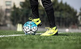 Futbol Severlere Özel Krampon Modelleri