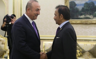 Bakan Çavuşoğlu Brunei'de