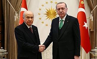 Erdoğan ve Bahçeli ittifak için görüşecek