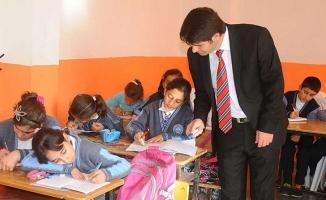 Öğretmenlerin Ek Ders Ücretlerine Yüzde 100 Zam