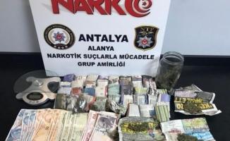 Uyuşturucu tacirine  5 yıl hapis cezası