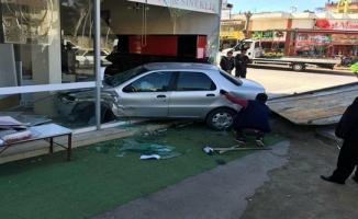 Gazipaşa'da akıl almaz kaza! 1 kişi yaralandı