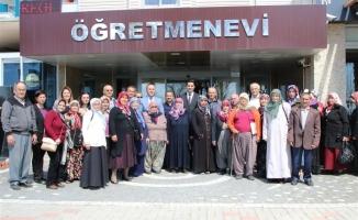 Yaşlı vatandaşlar  Alanya Kalesi'nde