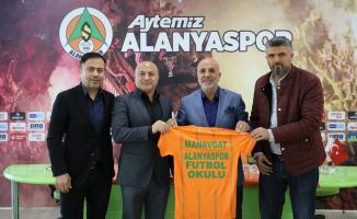 Manavgat'ta Alanyaspor  Futbol Okulu açılıyor