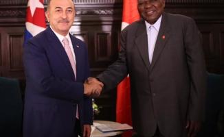 Bakan Çavuşoğlu Küba'da
