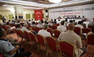Başkan Böcek Alanya'da ulaşım esnafıyla buluştu