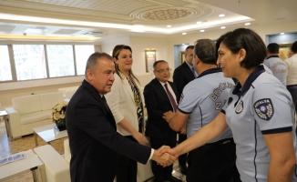 Başkan Muhittin Böcek  personeliyle bayramlaştı