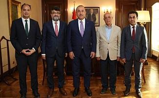 Alanya'da mütevelli üyeleri Çavuşoğlu'nu ziyaret etti
