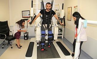 Alanya'da Robogait cihazı 550 felçli hastaya umut oldu