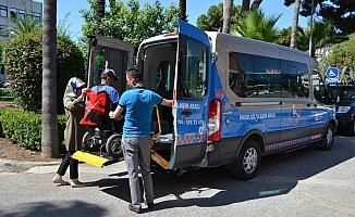 Büyükşehir Alanya'da engellilerin yüzlerini güldürüyor