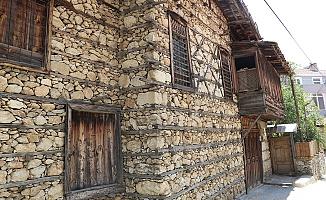 Tarihi evler turistlerin gözdesi oldu