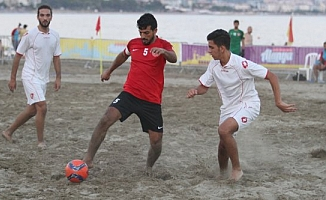 Alanya'da plaj futbolu heyecanı başlıyor