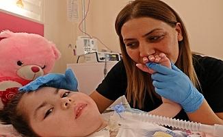 4,5 yaşındaki minik Arife, 3,5 yıl sonrası ilk kez 'anne' dedi