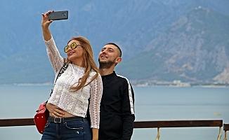Dünyaca ünlü plajda turistler selfie yarışına girdi