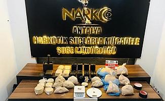 18 kiloluk uyuşturucu operasyonu