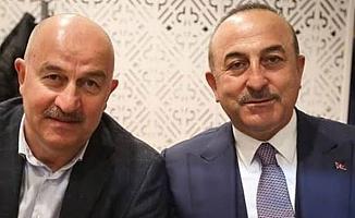 Bakan Çavuşoğlu'nun Rus ikizi sosyal medya gündeminde