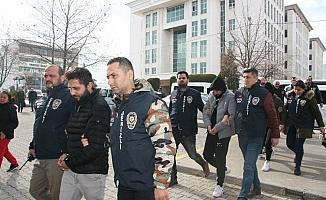 Denizli'de suç örgütüne operasyon: 2'si kadın 7 kişi tutuklandı