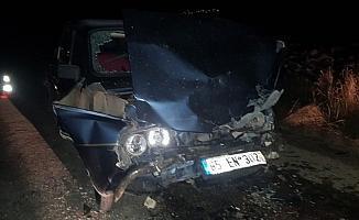 Kamyonetle otomobil çarpıştı: 6 yaralı
