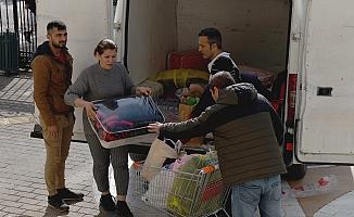 Muratpaşa Belediyesi'nden 5 kamyon yardım malzemesi Elazığ için yola çıktı
