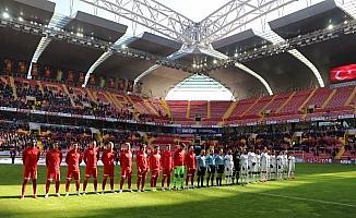 Süper Lig: Kayserispor: 1 - MKE Ankaragücü: 0 (İlk yarı)