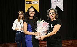 Dünyanın en iyi 50 öğretmeninden biri Dilek Livaneli öğrencilerle buluştu