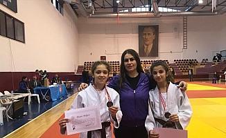 Ispartalı 2 Judocudan bronz madalya