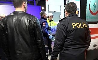 (Özel haber) Denetim noktasını geç fark edince trafik polisine çarptı