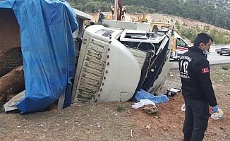 Korkuteli'de trafik kazası: 1 ölü, 1 yaralı
