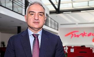 Alanya'yı yakından ilgilendiriyor! Turizm Bakanı Ersoy sezonun başlangıç tarihini verdi