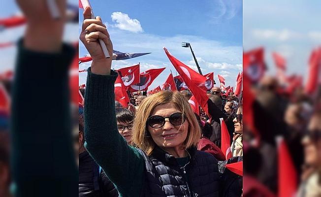 CHP Kadıköy ilçe kadın kolu yöneticisi korona virüsten hayatını kaybetti