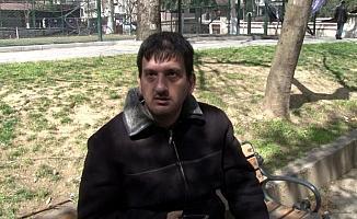 """(ÖZEL) 'Neden parkta oturuyorsun?' sorusuna """"sıkılıyorum"""" cevabını verince cezayı yedi"""