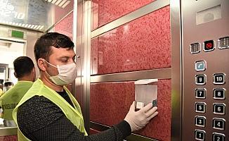 Toroslar'da asansörlere dezenfektan ünitesi yerleştirildi