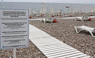 Konyaaltı Sahili'nde hummalı 1 Haziran hazırlığı