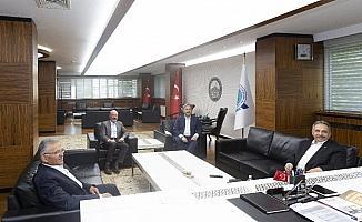 Başkan Büyükkılıç, ilçe başkanları ile bir araya geldi