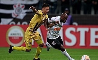 Corinthians, Vagner Love'ın sözleşmesini feshetti