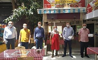MHP'den hizmete başlayan esnaflara ziyaret