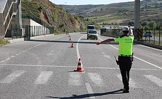 Yozgat'ta oluşan trafik yoğunluğu nedeniyle denetimler artırıldı