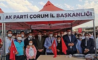 AK Parti Çorum teşkilatı lokma dağıttı