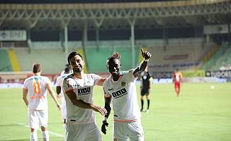 Alanyaspor, Galatasaray'a karşı farklı kazandı: 4-1
