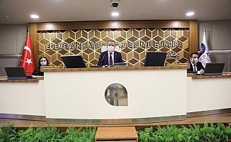 Büyükşehir Meclisi'nde 'Lüzumsuz proje'  ve 'Borçlanma' tartışması