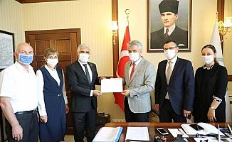 DATÜB heyeti, Vali Mehmet Makas'ı makamında ziyaret etti