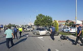 Karaman'da iki otomobil çarpıştı: 1 yaralı
