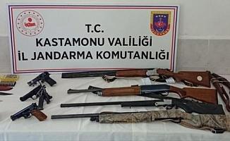 Kastamonu'da silah kaçakçılarına operasyon: 9 gözaltı