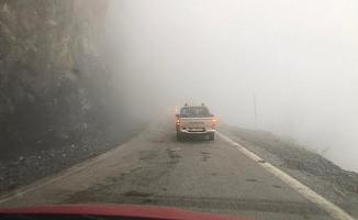 Alanya'da sis paniği! Sürücüler korku dolu anlar yaşadı